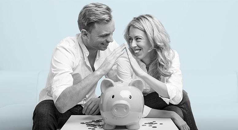 Couple is in agreement over a piggy bank